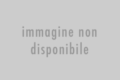 Tortina di croccante di sesamo e riso soffiato
